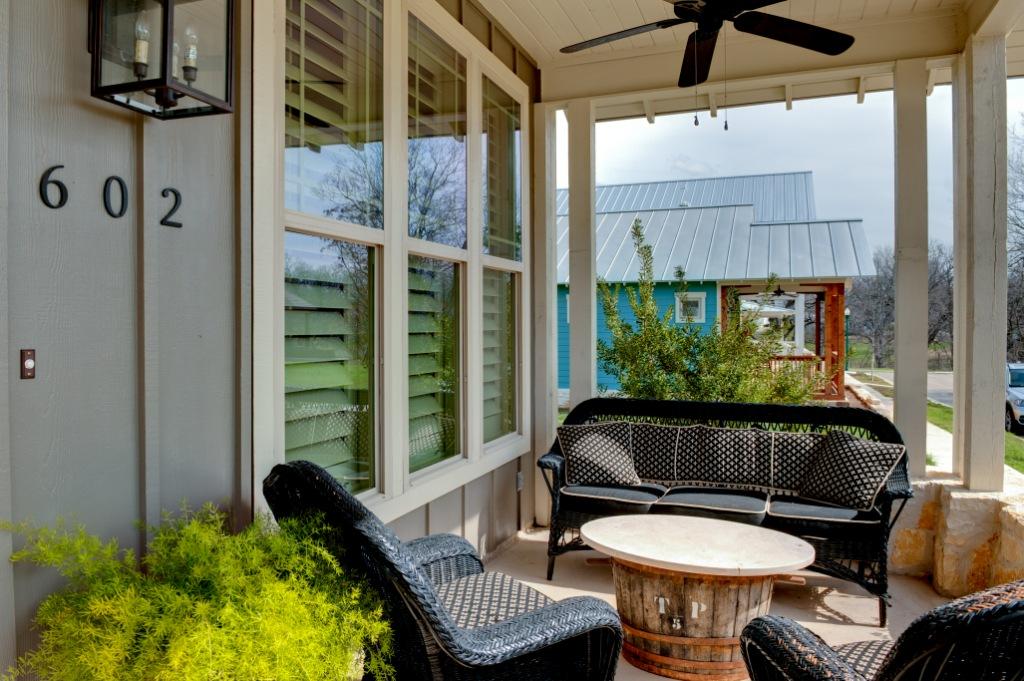 c2-porch