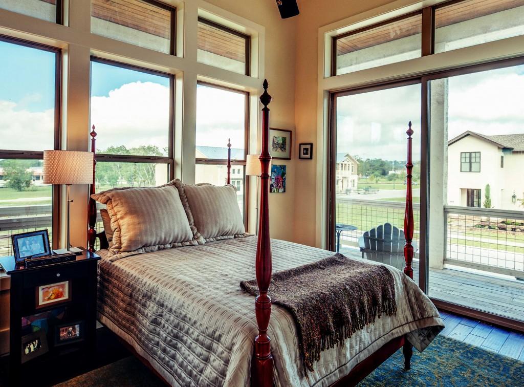 c-guest bedroom